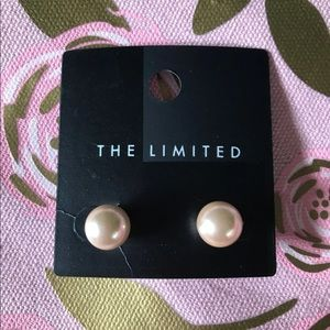 The Limited Tan pearl studs NEW
